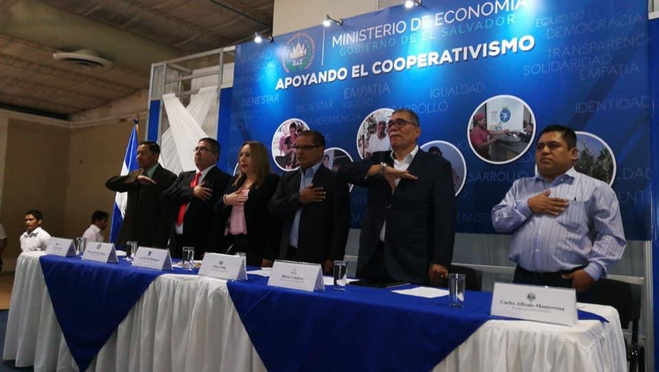 RESOLUCIÓN DE EXENCIÓN DE IMPUESTOS FISCALES Y MUNICIPALES PARA LAS ASOCIACIONES COOPERATIVAS